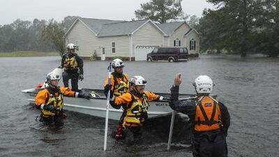 Se esperan extremas inundaciones. No salga de sus hogares o refugio, advierte el gobernador de Carolina del Norte