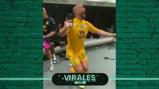 Pepe Reina festeja con La Bamba salvación de Aston Villa