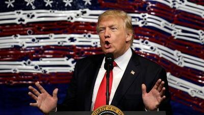 """Donald Trump: """"Vamos a hacerle grandes cambios o nos vamos a deshacer del NAFTA"""""""