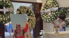 Entre el llanto y el dolor, seguidores y familia dan el último adiós a 'Cepillín'