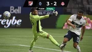 Despertó el goleador: Lucas Cavallini volvió al romance con el gol y Vancouver ganó