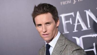 Eddie Redmayne ha visto 'desnudo y borracho' al príncipe William