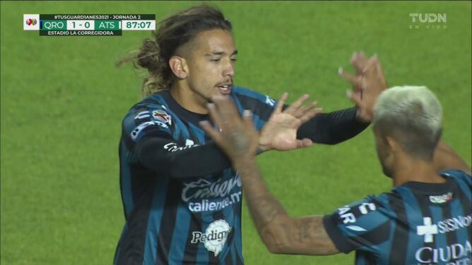 ¡Golazo impresionante! Francisco Da Costa pone el 1-0 de Querétaro