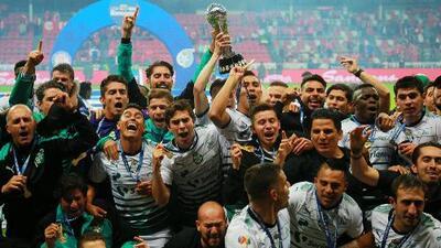 Santos Laguna se corona campeón de la Liga MX tras vencer a Toluca