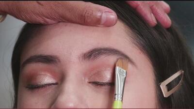 Conoce los trucos de un experto para lograr unas cejas perfectas con maquillaje