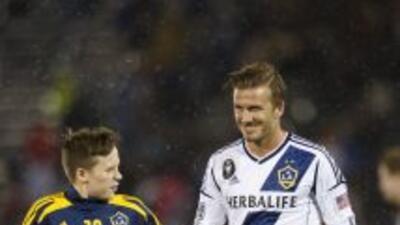 El hijo mayor de David Beckham, Brooklyn, prueba suerte en el Chelsea