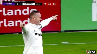 ¿Centro o tiro al arco? Wayne Rooney hace un pedazo de gol ante Orlando City