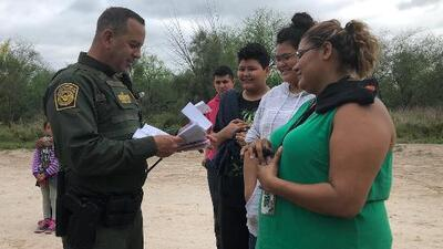 Crece el atasco en las cortes de inmigración y no toda la culpa la tienen los migrantes de la frontera