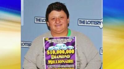Mujer salvadoreña gana $10 millones de dólares en lotería de Massachusetts