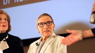 La jueza Ginsburg retoma el trabajo mientras se recupera de cirugía en la que le fue removido un cáncer