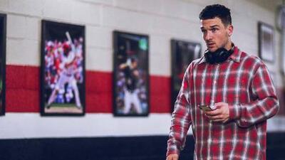 Alex Bregman tiene una camisa que podría ser la clave para los Astros de Houston