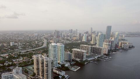 Cielo parcialmente nublado y probabilidad de lluvia par este lunes en Miami