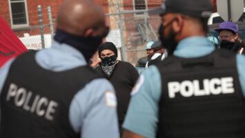 Tras una demanda, la base de datos de pandilleros usada por policías de Chicago tendrá cambios: te explicamos