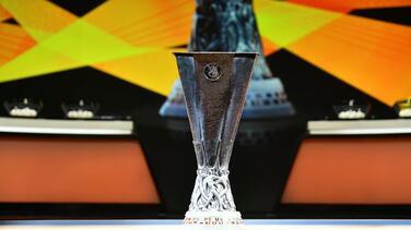 ¡Listos los boletos! Napoli y PSV de Chucky y Guti avanzan en Europa League