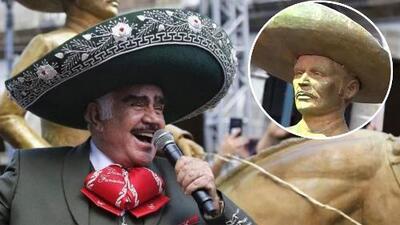 Critican que la estatua de Vicente Fernández parece un charro cualquiera