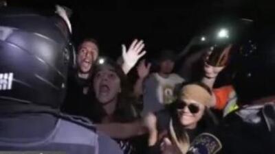 Policía asumirá gastos de vehículo incendiado con gas lacrimógeno en manifestaciones en el viejo San Juan