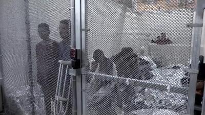 En un minuto: Hoy termina el plazo del gobierno para reunificar a familias separadas