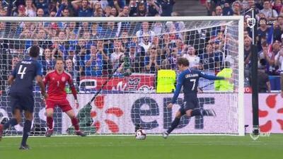 Griezmann convierte un penal dudoso y Francia le da la vuelta 2-1 a Alemania