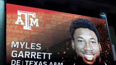 Myles Garrett, primera selección global del Draft 2017
