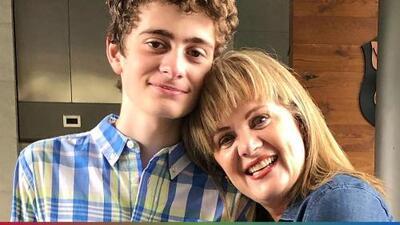 Hijo de Erika Buenfil busco ayuda profesional por el daño emocional que causó no tener una figura paterna