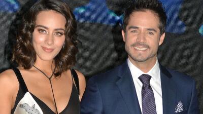 José Ron y Esmeralda Pimentel protagonizan 'Enamorándome de Ramón'