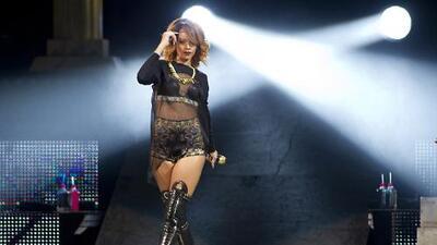¡Rihanna estará de gira en 2016!