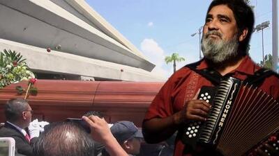 En video: Monterrey le dio el último adiós a Celso Piña con un sentido funeral (entre aplausos y música)
