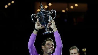Rafael Nadal captura su título 19 de Grand Slam, respira en la nuca de Federer