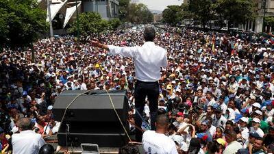 """""""Nos vamos a mantener en la calle"""": expectativa en Venezuela por la nueva jornada de protestas convocadas por Guaidó"""