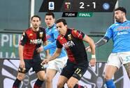 Con Lozano, el Napoli cae en Genoa y se aleja de Champions
