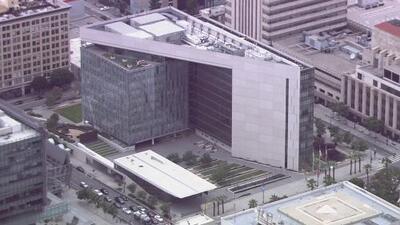 Policía de Los Ángeles anuncia que no va a participar en posibles redadas de ICE en la ciudad