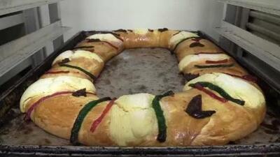 Celebran el Día de los Reyes Magos con una rosca