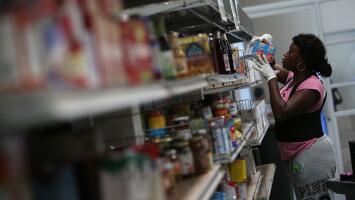 ¿Eres beneficiario de SNAP? Biden firma dos decretos para agilizar ayuda económica a los más vulnerables