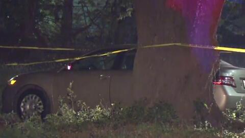 Conmoción por el hallazgo de una mujer sin vida dentro de un vehículo en el noreste de Houston