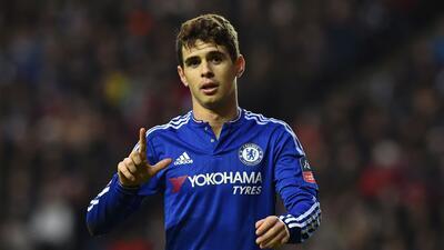 """Oscar se rehúsa a jugar en China pues está """"muy feliz"""" en Chelsea"""