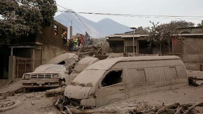 Consulado de Guatemala en Los Ángeles adelanta planes de ayuda para afectados por el volcán de Fuego
