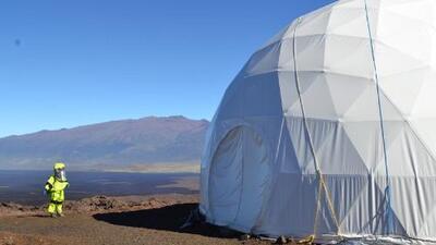 Abandonan su aislamiento tras ocho meses de misión en simulador de Marte de Hawaii