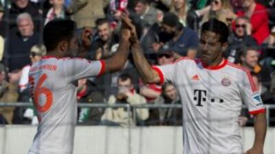 Bayern y Dortmund avisan a Barça y Madrid con triunfos sobrados