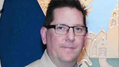 Ron Helus, el sargento considerado como un héroe que murió en el tiroteo de California