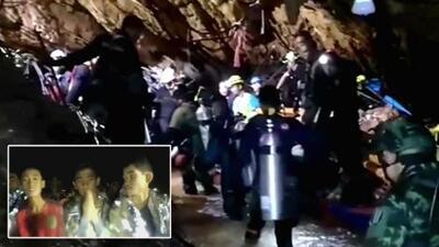 Preocupa la salud del entrenador tras rescatar al más pequeño de los niños atrapados en una cueva de Tailandia
