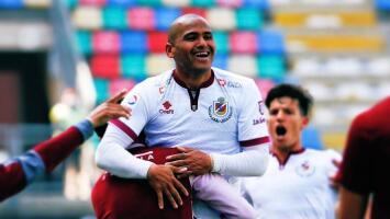 El 'Chupete' Suazo volvió a marcar en Primera División a sus 39 años