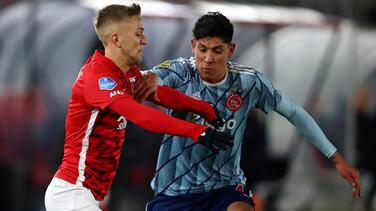 Edson Álvarez cambió las críticas por elogios de la afición