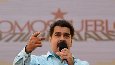Maduro arrecia medidas económicas en medio de una aguda escasez en Venezuela