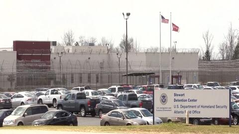 EN VIDEO: Surge preocupación de que se registre brote de enfermedades en prisión de ICE en Georgia