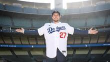 Dodgers presentaron a pitcher que respaldó el muro fronterizo