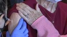 ¿Quiénes son los próximos en recibir la vacuna contra el covid-19?