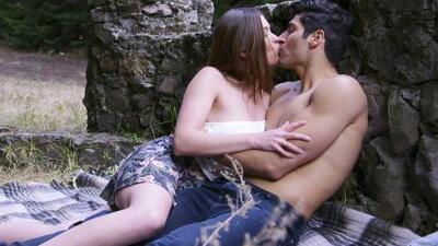 El amor y la pasión de dos jóvenes los puso en peligro de muerte