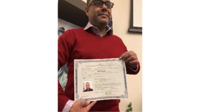 Miguel Pérez, el veterano de guerra que había sido deportado, recibe ciudadanía estadounidense