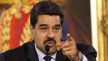 Agobiado por la crisis, Maduro gobierna con represión y censura