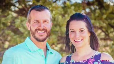 Sospechoso de asesinar a su familia culpa a su esposa embarazada de estrangular a sus dos pequeñas hijas